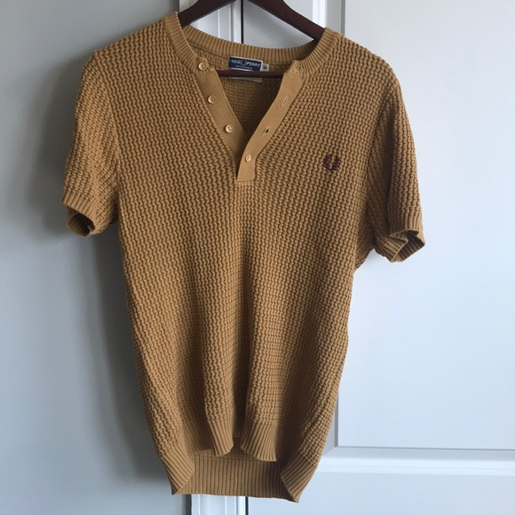Fred Perry Other - Fred Perry sweater short sleeve